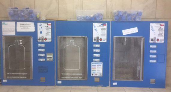 Vente et remplissage de bouteilles d'eau